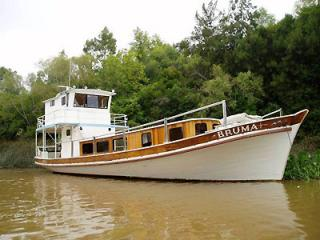 Bruma navegando por el Delta